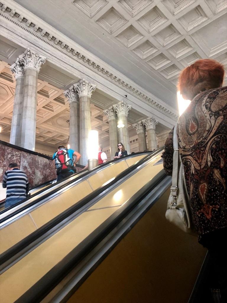 乗り継ぎ時間が長すぎて、しばしモスクワ観光へ_a0092659_21292265.jpg