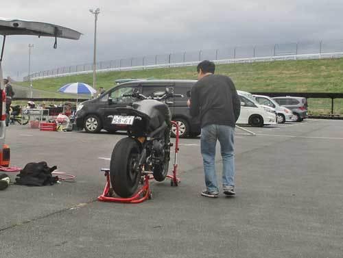今日は富士カートにてMT-09で修行してるK5サンの応援ツーリング・・・(^^♪ (動画あり)_c0086965_01035564.jpg