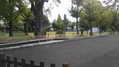 公園の鬼瓦_f0228680_09440686.jpg