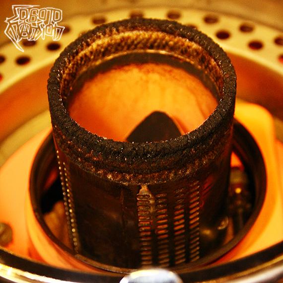 1970s Vintage SANYO サーモンピンク+アイボリー+クロームメッキの灯油ストーブ_e0243096_22173332.jpg