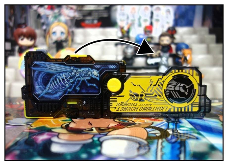 RKF仮面ライダーバルキリー/DXライトニングホーネット/DXフリージングベアーで徹底的に遊ぶ!!_f0205396_21341631.jpg
