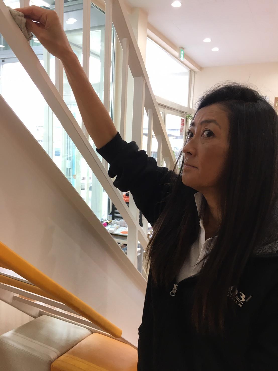 10月25日(金) アルファード入庫しました!!本店ブログ☆彡 ランクル ハマー アルファード♪ _b0127002_20022558.jpg