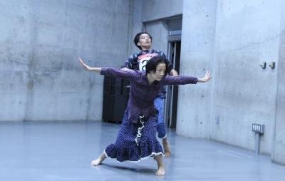 """「ダンスブリッジ」の第2弾""""対話型KONDO劇場""""間もなく_d0178431_02422711.jpg"""