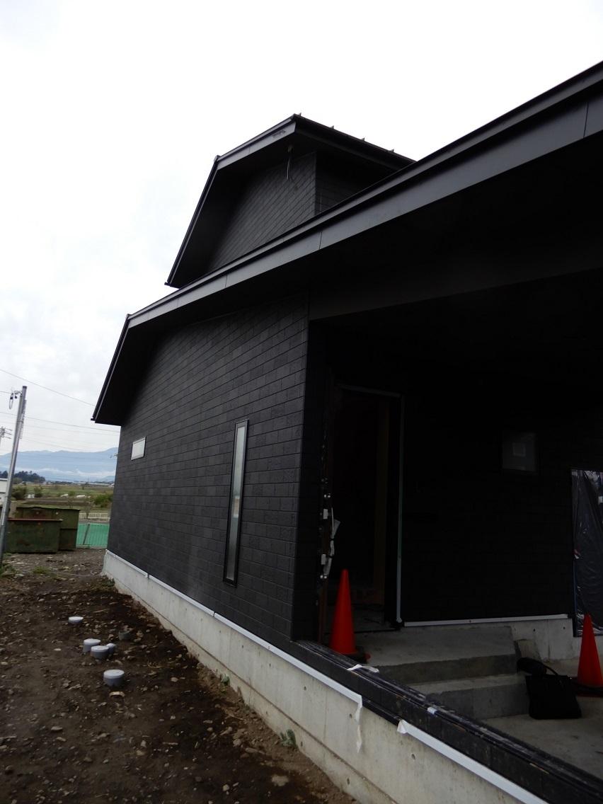伊那市の設計事務所の家づくり  開放的なリビングがある家「工事監理 内装工事」 _b0146238_16144540.jpg