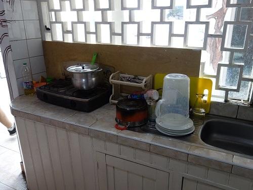 イキトスのゲストハウスのキッチンで自炊してサラダもチョリソもたっぷり_c0030645_10113398.jpg