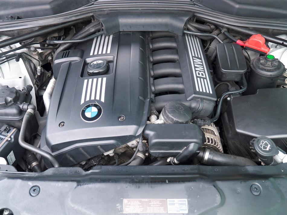 BMW525Iツーリング M Sports_a0257092_12563342.jpg