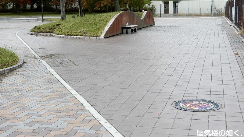 佐久平、佐久市下水道の北斗の拳デザインマンホール蓋を訪ねて(R011021訪問)_e0304702_20291838.jpg