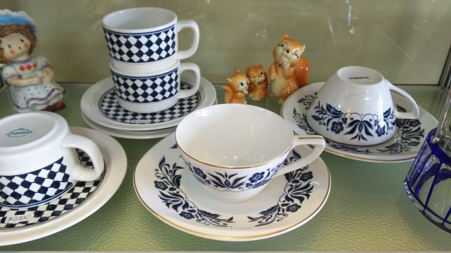 東洋陶器のカップ&ソーサー☆_e0199317_14551015.jpg