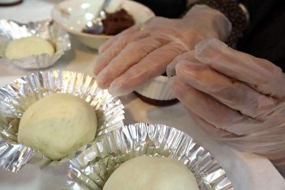 パンレク ~ チョコ風味のきのこパン ~_e0222340_1556347.jpg