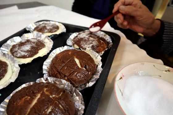 パンレク ~ チョコ風味のきのこパン ~_e0222340_161392.jpg