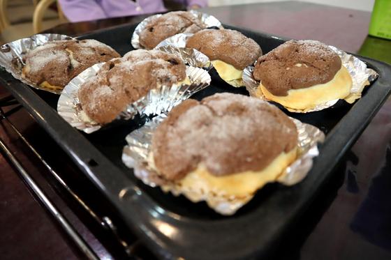 パンレク ~ チョコ風味のきのこパン ~_e0222340_162413.jpg