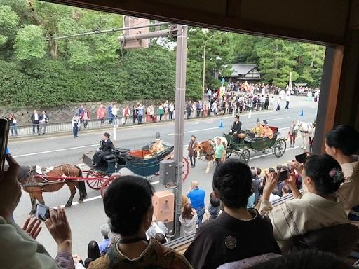 今日はお客様とご一緒に時代祭を観覧させて頂きました。_f0181251_18274246.jpg
