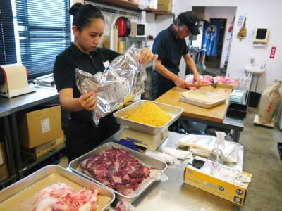 中野畜産さんの黒毛和牛100%のハンバーグステーキができるまでを潜入取材!その3_a0254656_16584358.jpg