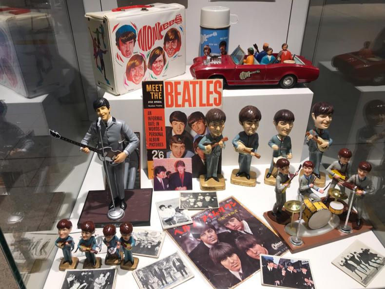 ビートルズの人形_f0378589_07501506.jpg