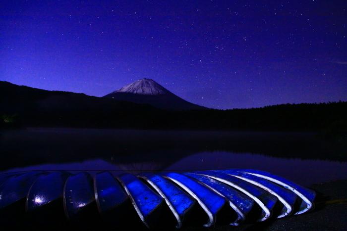 令和元年10月の富士(20)西湖の星空と富士_e0344396_20485013.jpg