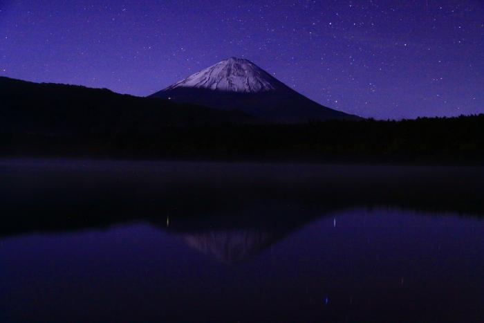 令和元年10月の富士(20)西湖の星空と富士_e0344396_20485717.jpg