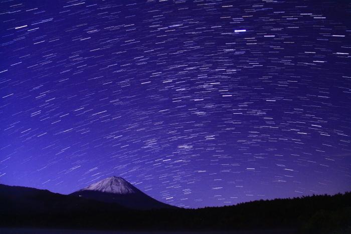 令和元年10月の富士(20)西湖の星空と富士_e0344396_20491358.jpg