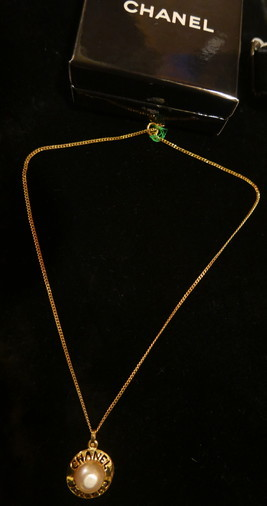Chanel Necklace_f0144612_06551169.jpg