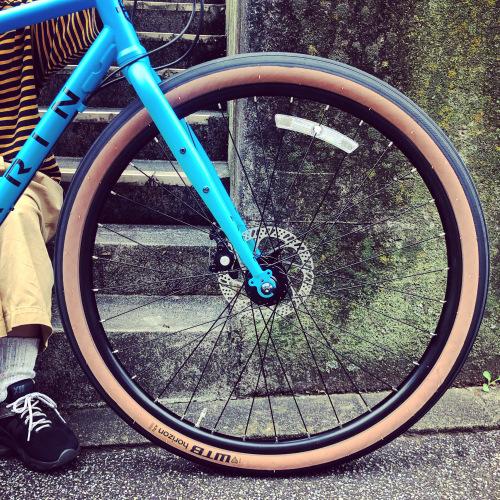 2020 MARIN 「NICASIO SE」マリン ニカシオ WTB アーバン おしゃれ自転車 オシャレ自転車 自転車女子 自転車ガール クロスバイク ツーリング_b0212032_17023033.jpeg