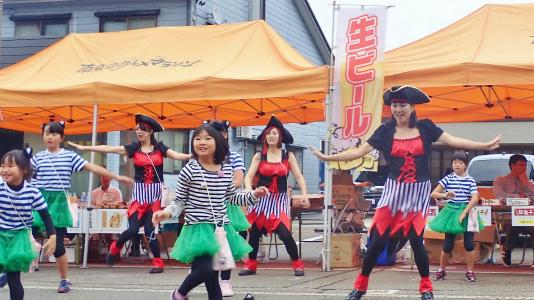 シーズン最後の「小さな祭り」が開かれました_c0336902_17484192.jpg