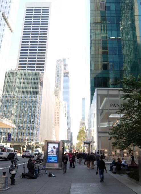 秋のニューヨークの街角ジャズ_b0007805_04272714.jpg