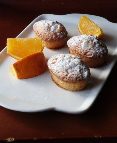 オレンジの小さいケーキ_b0254207_22141931.jpg