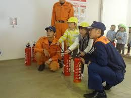 消火体験もできます!_b0177130_18163572.jpg
