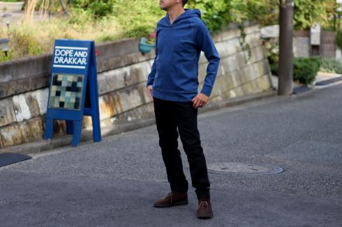 更にイージーに履けるブラックデニムイージーパンツ発売♪_d0108933_22250651.jpg