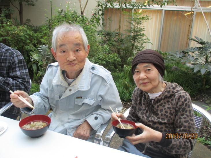 メル・グラン 芋煮会_b0131135_18051043.jpg