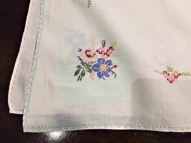 刺繍ティー用麻テーブルクロス310 sold out!_f0112550_04592537.jpg
