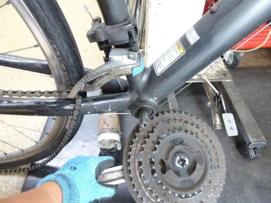 クロスバイクのカスタム~_e0140354_15575049.jpg