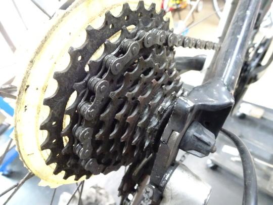 クロスバイクのカスタム~_e0140354_15582331.jpg