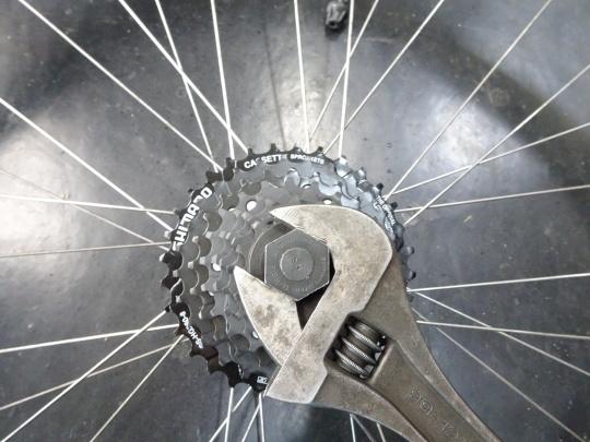 クロスバイクのカスタム~_e0140354_15585575.jpg