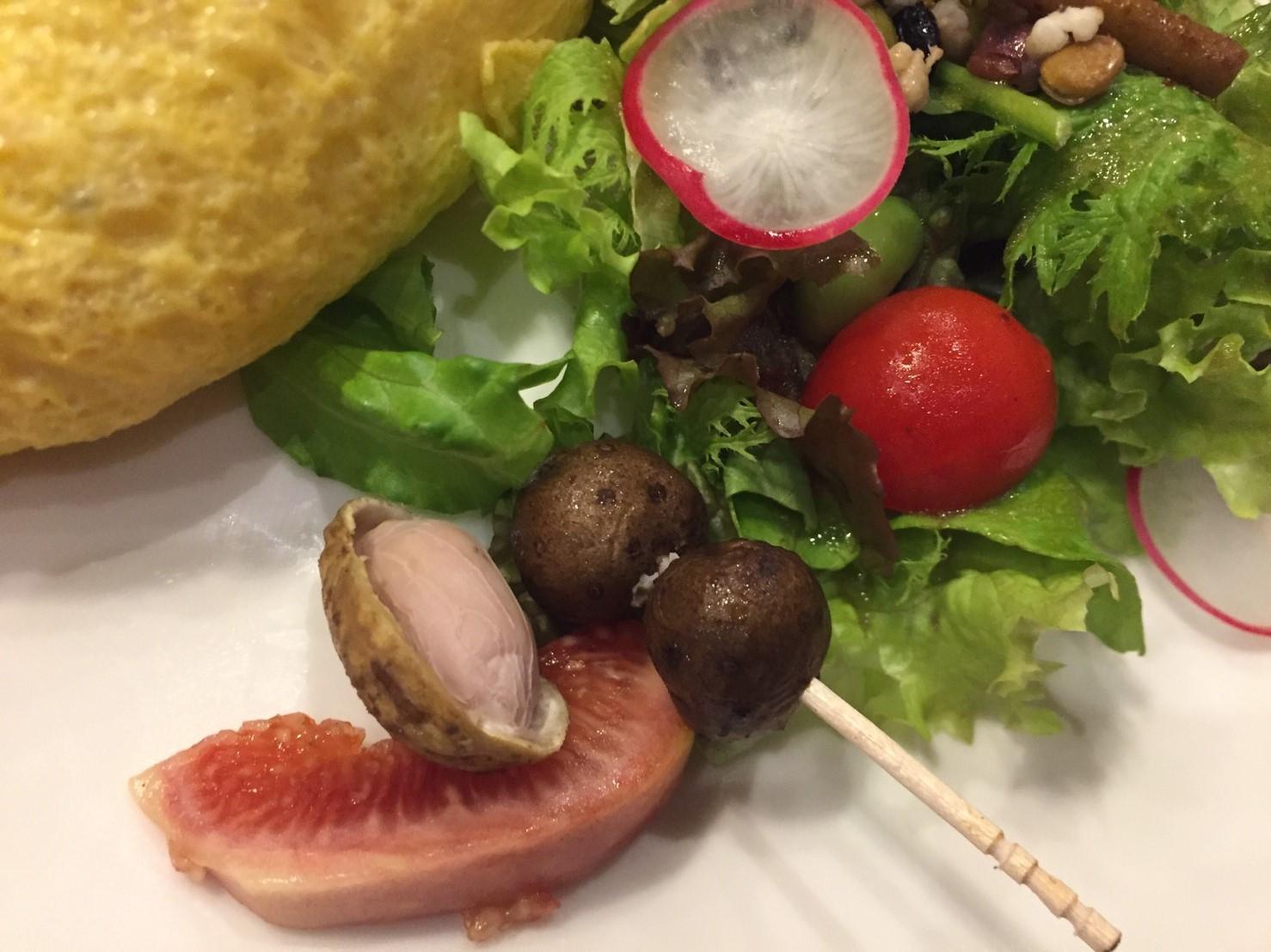 喫茶 1er ぷるみえ (鶏そぼろご飯に里芋のクリームソース)_e0115904_12184326.jpg