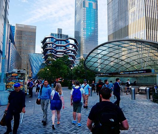 NYのハドソン・ヤードは未来のスマート・シティ_b0007805_04585198.jpg