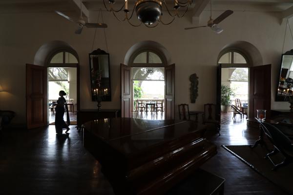 ■ Geoffrey Bawa (ジェフリー・バワ)の美学にふれるスリランカの旅 6日目 ゴールフォートとアマンガラ_f0165030_18121764.jpg