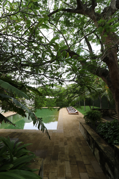 ■ Geoffrey Bawa (ジェフリー・バワ)の美学にふれるスリランカの旅 6日目 ゴールフォートとアマンガラ_f0165030_18122967.jpg