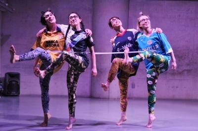 """踊り上手が結集した「ダンスブリッジ」第2弾""""対話KONDO劇場""""終わる_d0178431_23011345.jpg"""