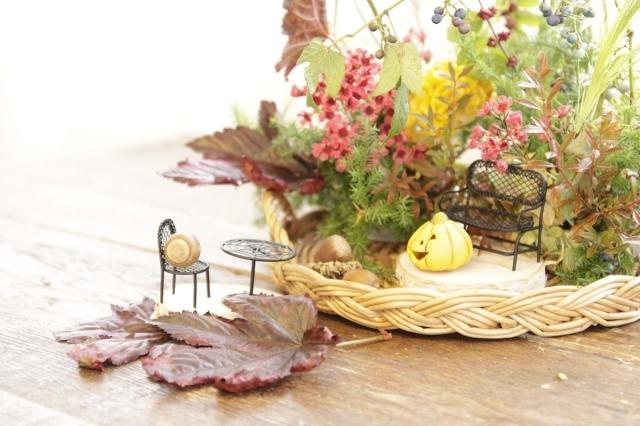 秋の森の中でティータイムを_d0086634_18021168.jpg
