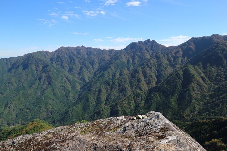 神掛岩トレッキングコース&傾山冷水登山口!_e0272335_19544737.jpg