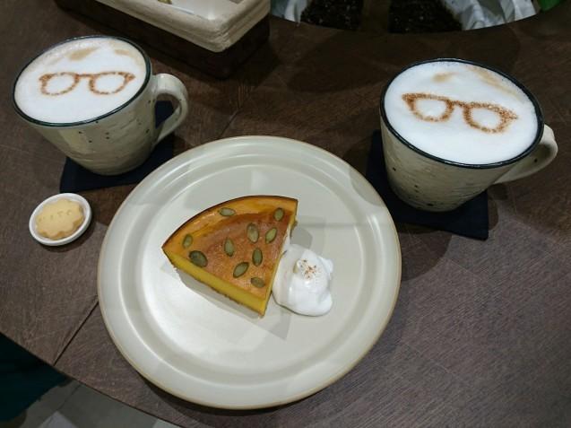 サングラスとカフェ mito(ミト)(金沢市香林坊)_b0322744_23575710.jpg