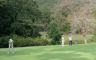 第33回 梶岡建設ジュニアゴルフ月例競技会_f0151251_09561183.jpg