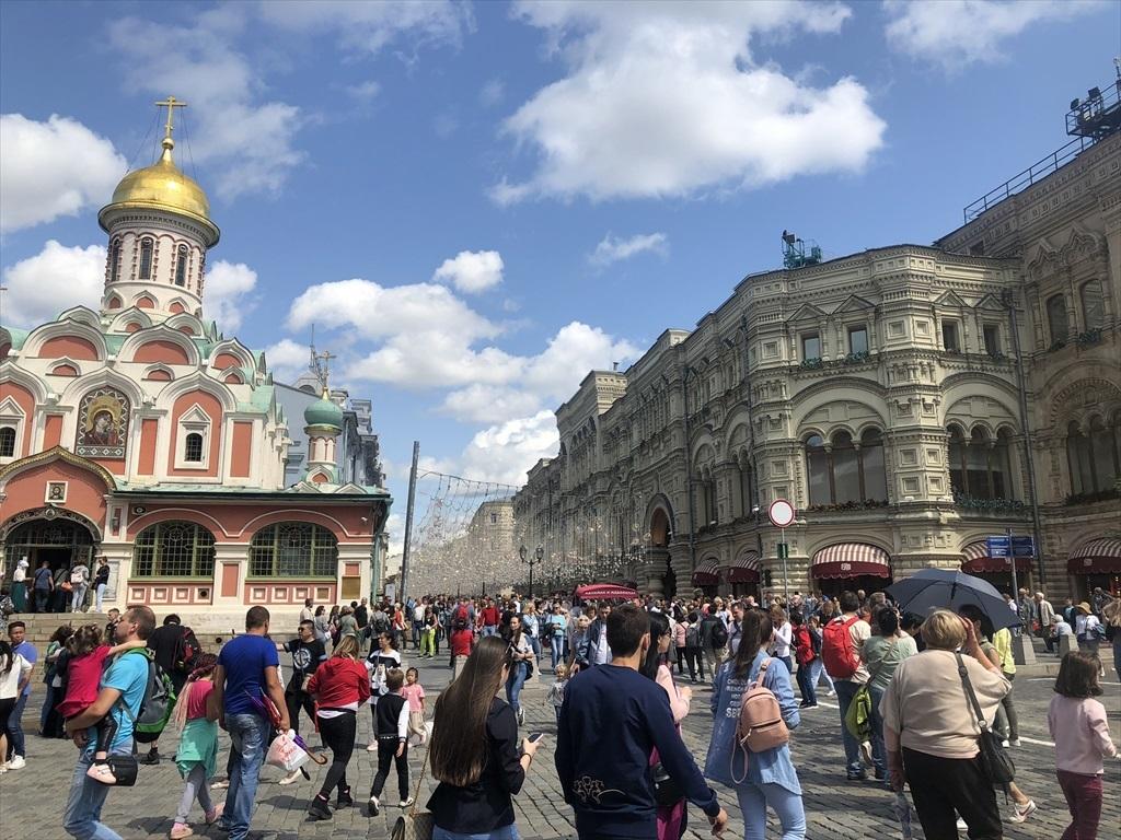 赤の広場は満員!@モスクワ_a0092659_23133861.jpg