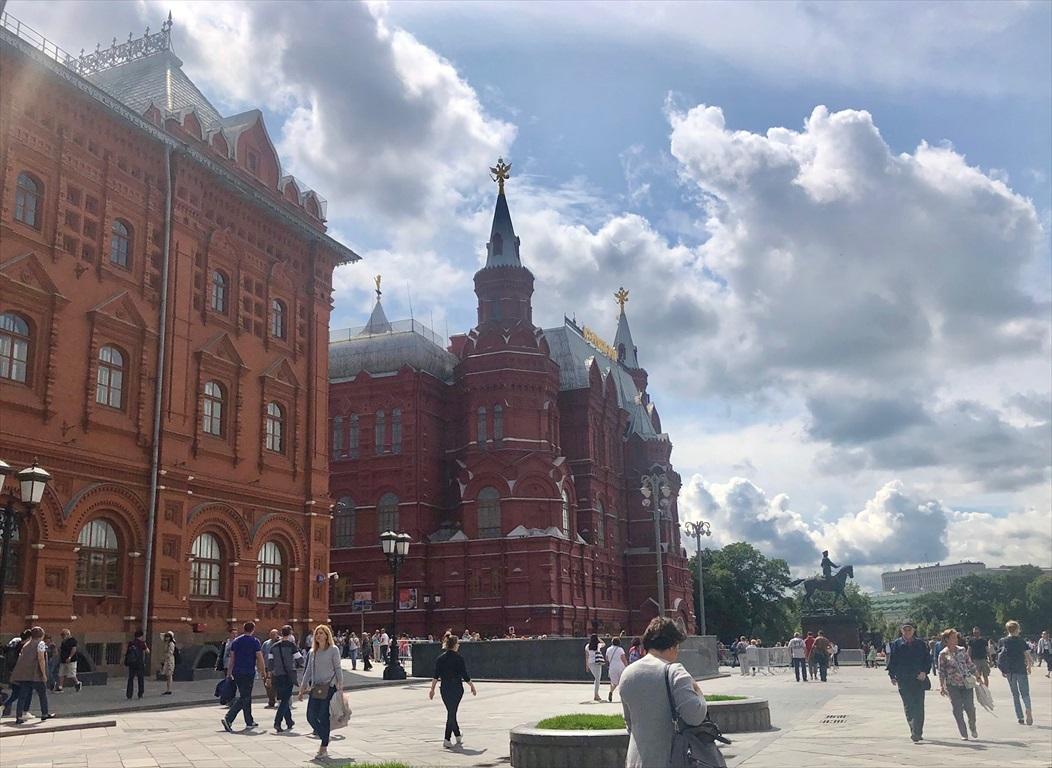 赤の広場は満員!@モスクワ_a0092659_23325411.jpg