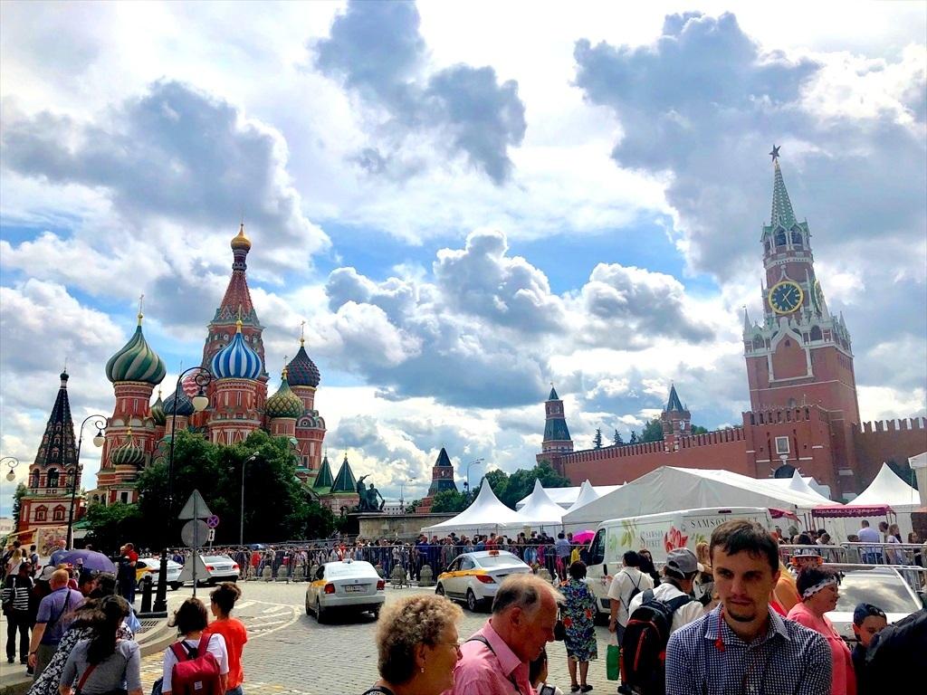 赤の広場は満員!@モスクワ_a0092659_23574156.jpg