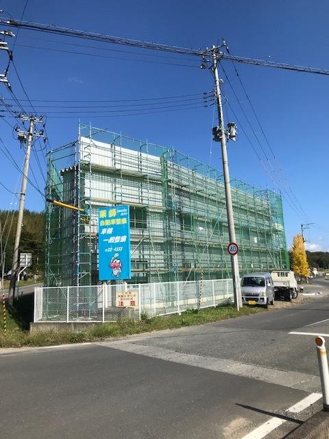 整備工場外壁修繕工事進捗_d0153164_09291426.jpg