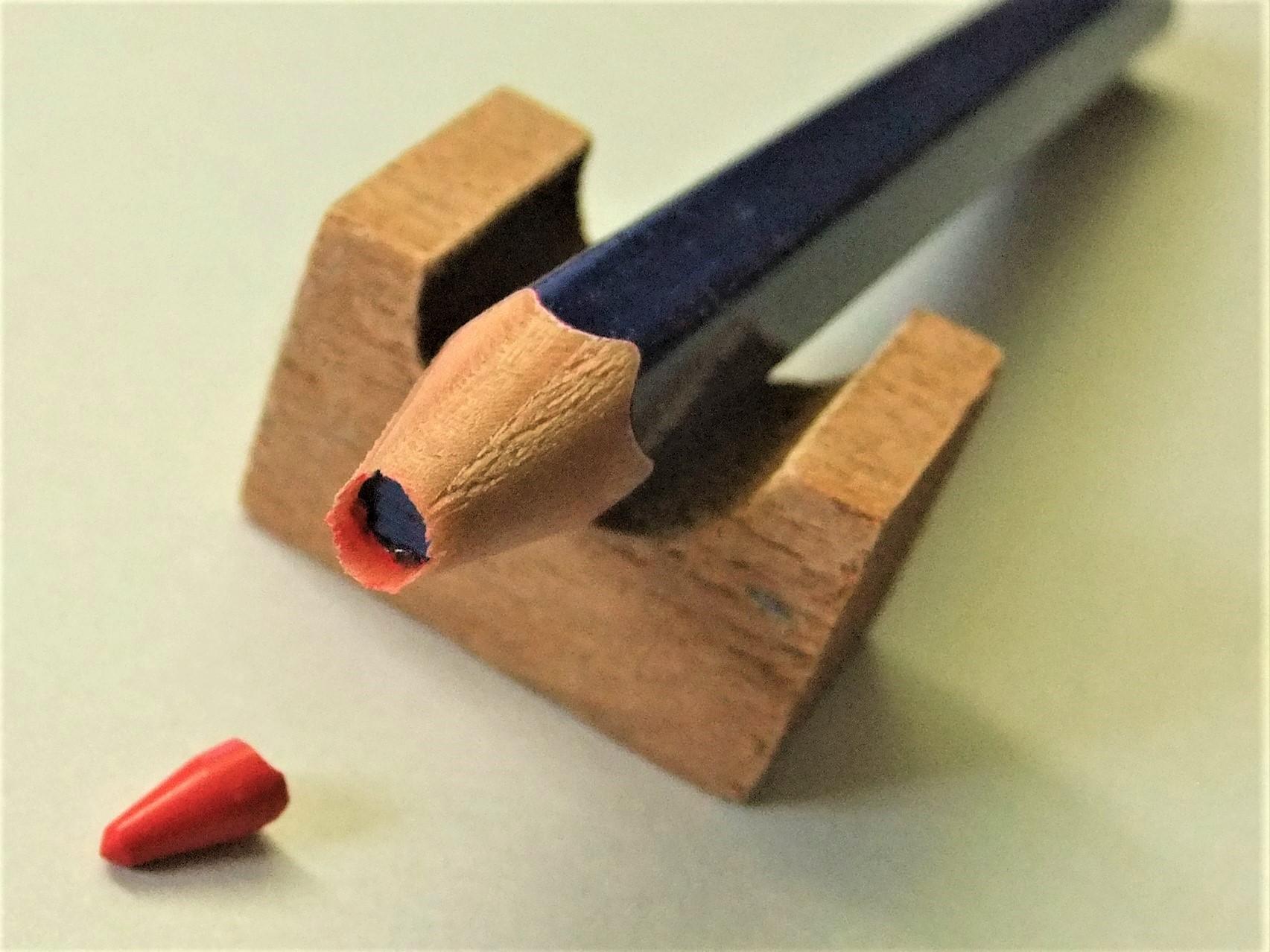 見て見て!その3(続・実験中の赤青鉛筆)。_f0220714_09574321.jpg