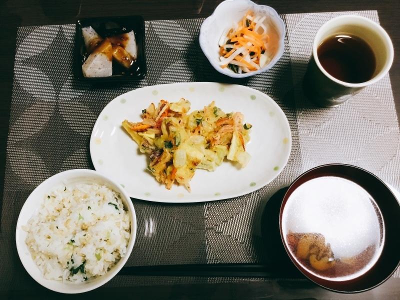 🌻ひまわり荘 夕食:かき揚げ天ぷら  なます  こんにゃく田楽  大根ごはん  きのこ汁_c0357519_21515770.jpeg