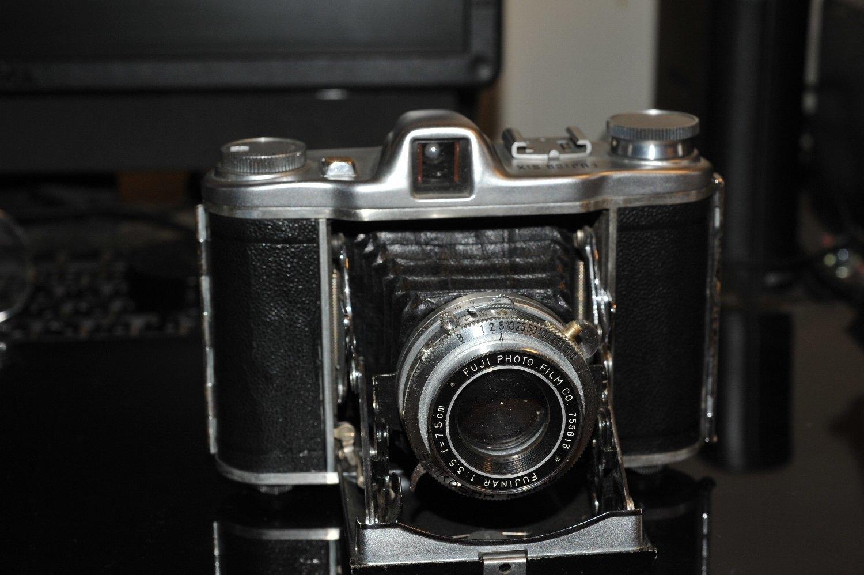 美しいカメラ(その4)_b0069128_10010839.jpg