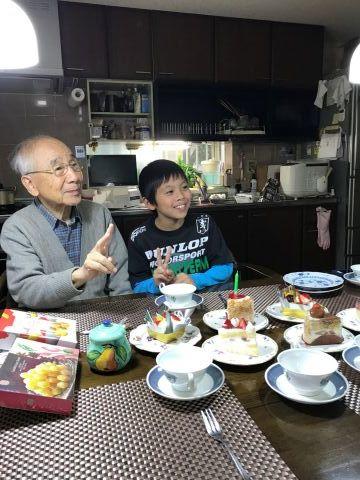 優しくしてくれる家族がいる人はみんな幸せだ_f0009169_20111774.jpg